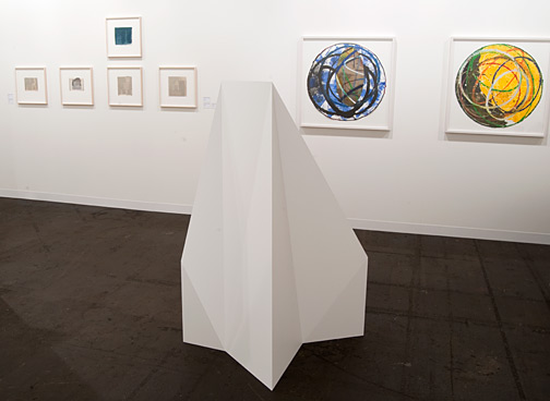 Sol LeWitt / Sol LeWitt Complex Forms Structures V3  1990/1991 150 x 113 x 115 cm wood, painted white