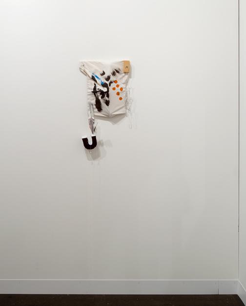 Richard Tuttle / Richard Tuttle «Sewn Painting» Nr. 4  1998 60 x 34 x 10 cm Wood, cloth painted, styrofoam, wire