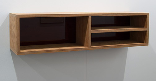 Donald Judd / Donald Judd Untitled  1992  25 x 25 x 100 cm Douglas fir plywood and amber Plexiglas