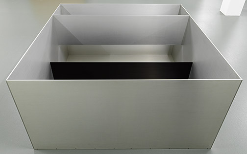 Donald Judd / Donald Judd Untitled  1989 99.5 x 199 x 199 cm clear anodized aluminium, anodized aluminium in black