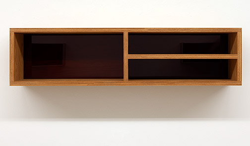 Donald Judd / Untitled  1992  25 x 25 x 100 cm douglas fir plywood and amber plexiglass