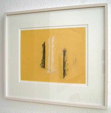 Fred Sandback / Untitled  1990 21.6 x 27.9 cm / 8.5 x 11 ″ pastel and pencil on yellow paper FLS0236
