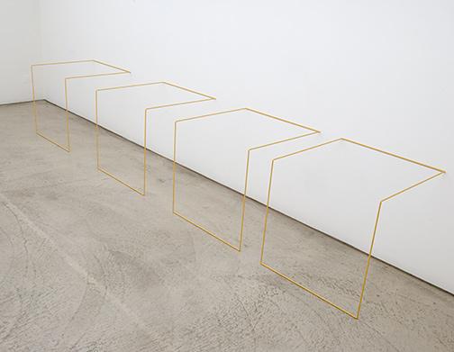 Fred Sandback / Fred SandbackUntitled (Nr. 4)1968 / 198361 x 334 x 61 cmMild steel rod (Volkswagen Oregonbeige L81D)Intervals: 45 cm, 30 cm, 15 cm