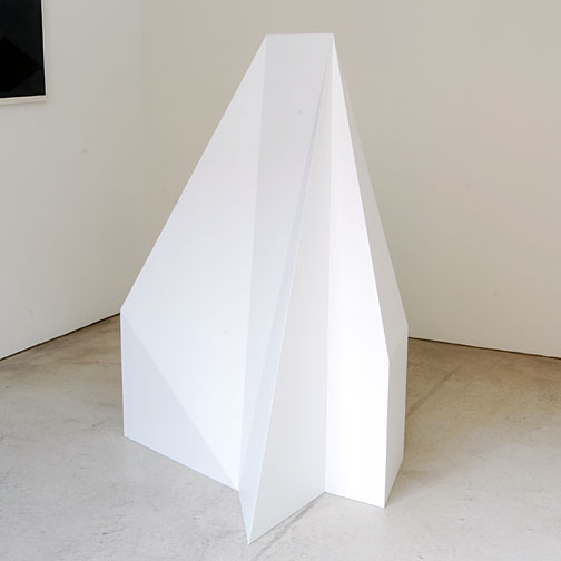 Sol LeWitt / Complex Forms,  Structure V3  1990 150 x 113 x 115 cm wood, painted   white