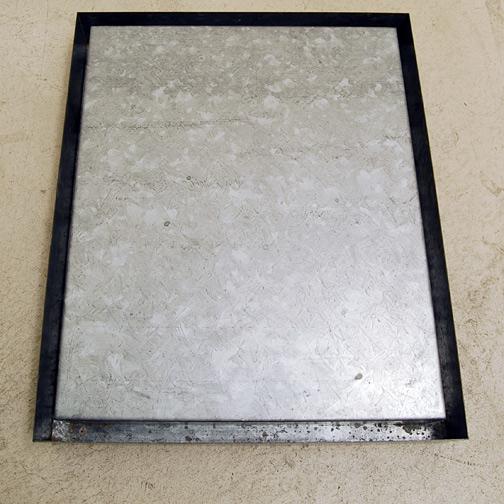 Donald Judd / Donald Judd  Untitled  1972 / 73 58.5 x 68.5 x 10.5 cm galvanised iron