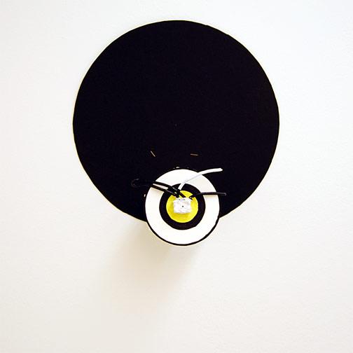 Richard Tuttle / Craft #5  2008 38.5 x 36 x 12 cm wire, seaweedplaster, acrylic paint mounted on painted cardboard circle on wood on black cardboard circle