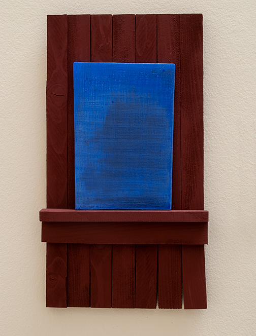 Joseph Egan / Joseph Egan true blue  2012 50 x 28 x 6 cm various paints on wood